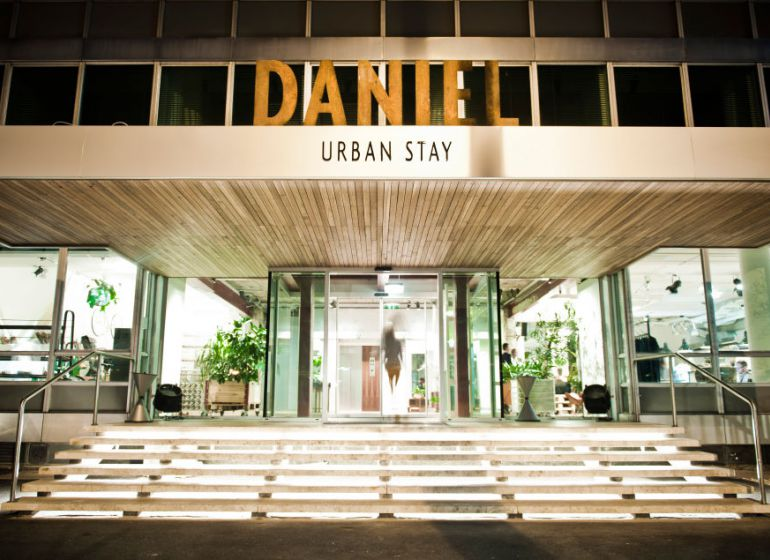 Daniel vienna about header 01